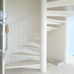 らせん階段4