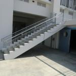 外階段-手すり1
